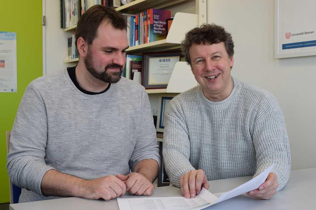 Sebastian Huhn und Rolf Drechsler lüften Geheimnisse der Informatik